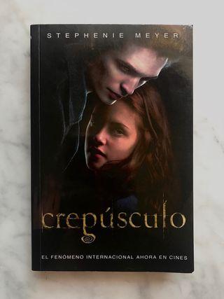 Libro Crepúsculo (Twilight) de Stephenie Meyer