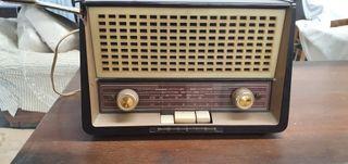 Radio PHILIPS B2E92U