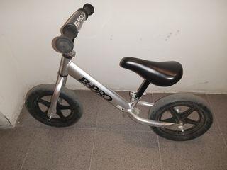 Bicicleta de niños sin pedales