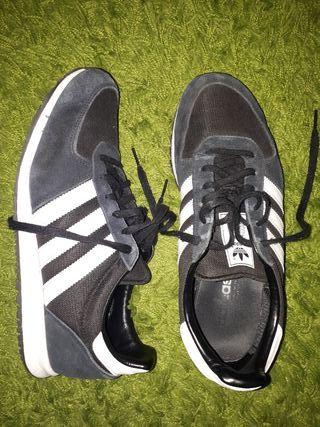 adidas racer negras