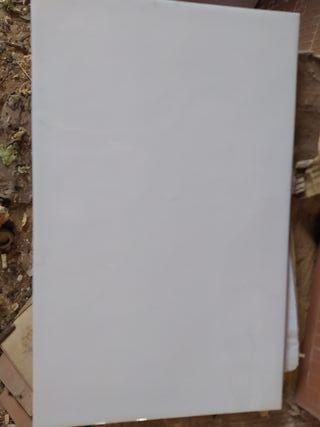 Azulejos blancos cocina o baño. 7'5 m²