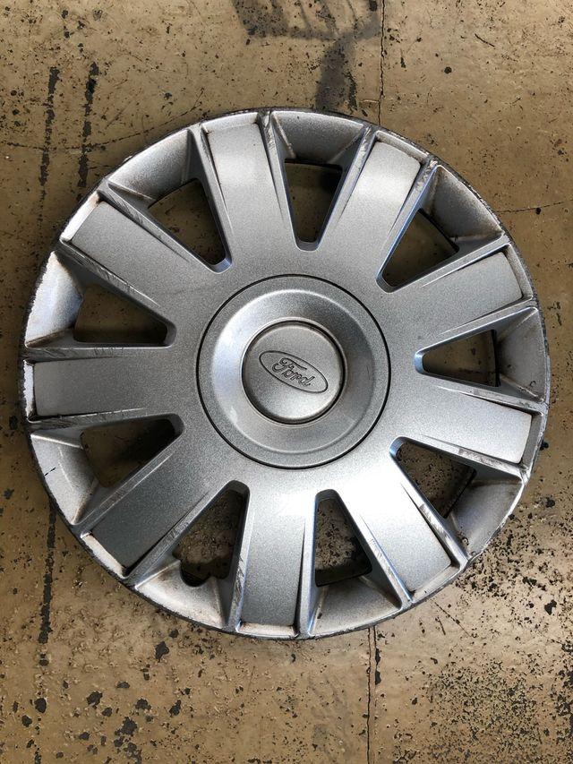 Tapacubo Ford 15 pulgadas