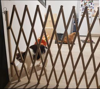 Puerta extensible hasta 150 cm de madera