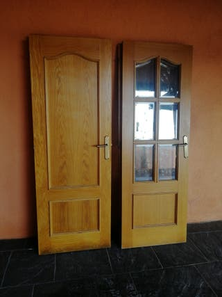 Puertas de madera.