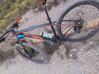 Bicicleta Carbono Ktm aera MTB talla L 29