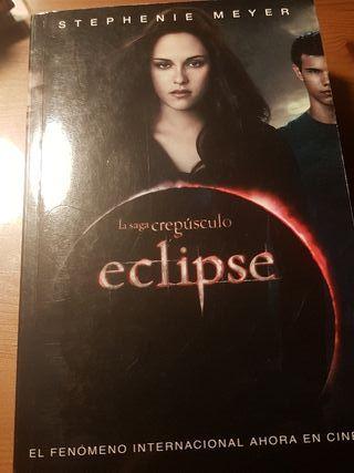 libro eclipse de la saga de crepusculo