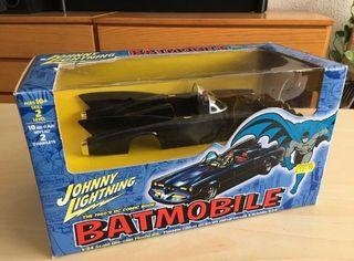 Batmovil. Coche de Batman maqueta en metal