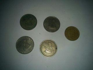 5 escudos Portugal latón y cuproníquel