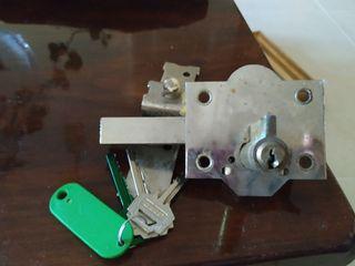 cerradura con 3 llaves fac