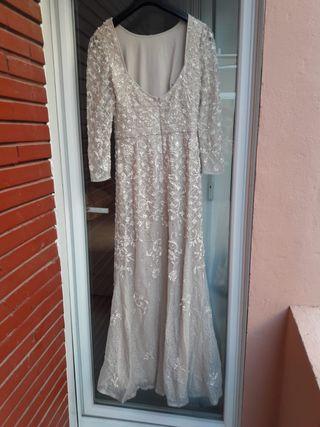 Vestido de pedrería Rosa Clará