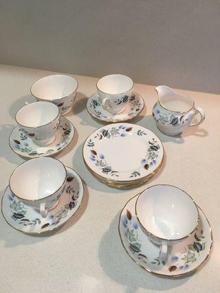 Juego de te Colclough England porcelana
