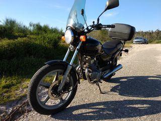 Honda CB 250cc.
