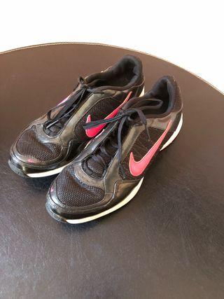 Deportivas Nike talla 37