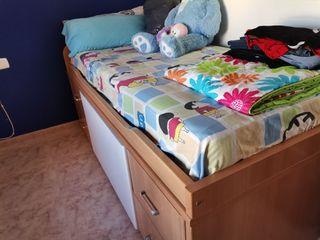 habitación cama nido