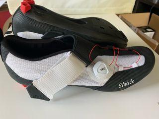 Zapatilla ciclismo Fizik