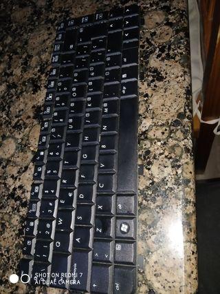 Despiece de ordenador portátil