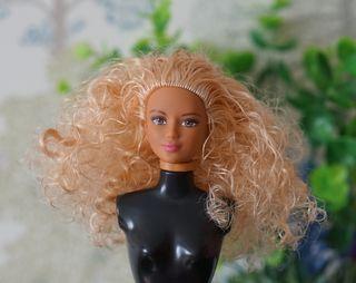 Cabeza muñeca Barbie MTM