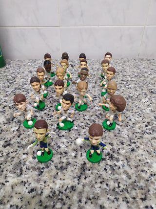 Muñecos del Real Madrid del año 2000 marca target