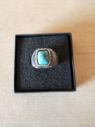 anillo plateado Zara grande talla m con piedra
