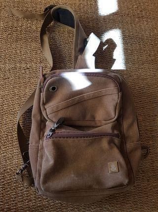 mochila y bandolera de hombre