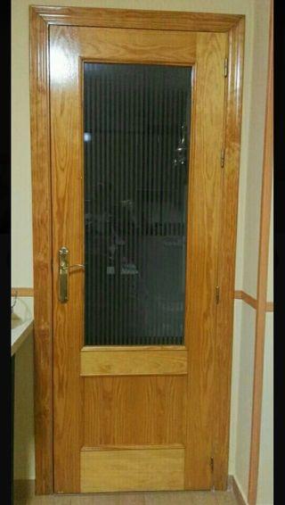 2 puertas de roble con cristal
