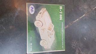 Maqueta de madera coche