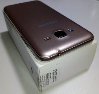 Samsung Galaxy J3 6 8GB Oro