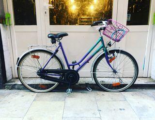 Bicicleta de paseo Cemir cesta