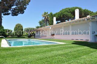 Villa en venta en Sant Vicenç de Montalt