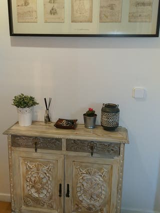Mueble, taquillón madera