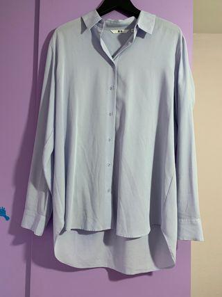 Camisa azul clarito Uniqlo Talla S