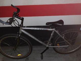 Se vende bicicleta marca Scott