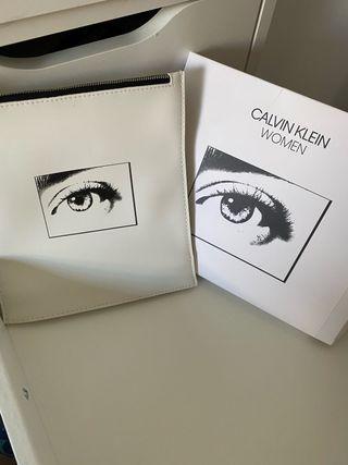 Neceser/Estuche Calvin Klein original Sin estrenar
