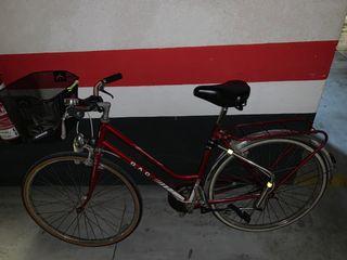 Se vende bici de paseo antigua