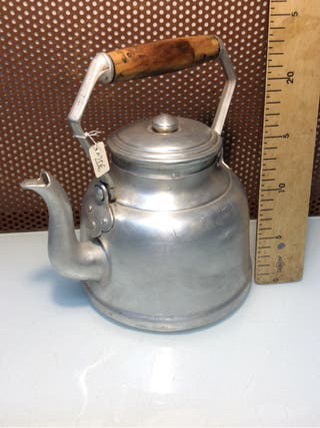 Tetera, cafetera antigua