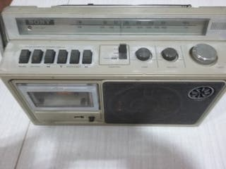 Radio Antigua con cassette Sony
