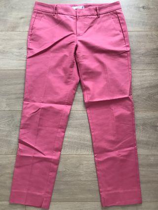 Pantalón pinzas rosa chicle talla 38