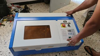 maquina de grabado láser CO2
