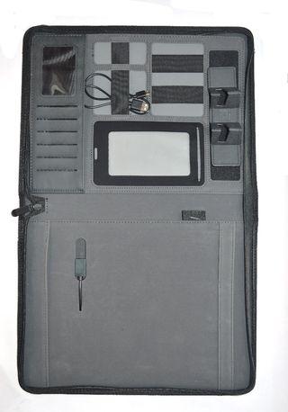 Portadocumentos A4 con batería externa