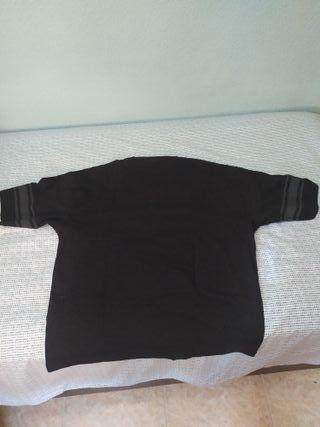 camiseta negra asos