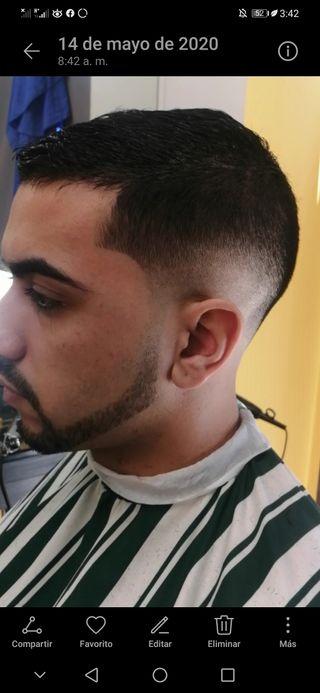Barbero Peluquero profesional a Domicilio