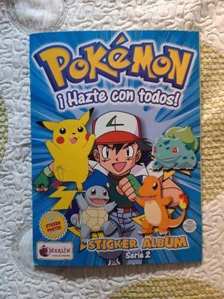 2 Albumes de cromos Pokémon