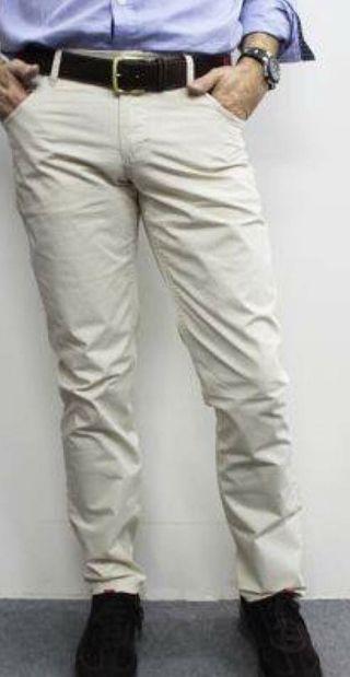 Pantalón marca El Capote talla 40