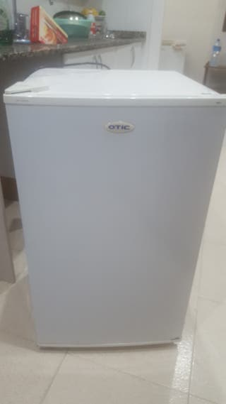 congelador vertical con 4 cajones