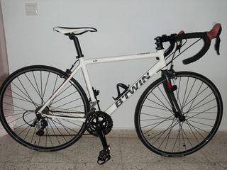 Bicicleta carretera btwin Triban 300