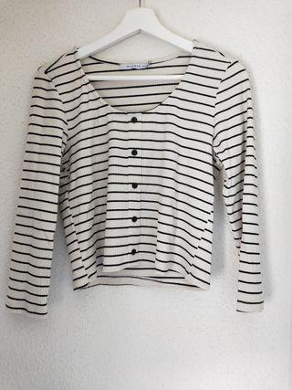 camiseta crop top rayas marineras Bershka talla m