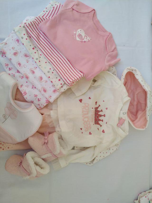 Lote 34 ropa bebé