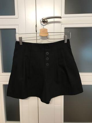Shorts negros de vestir de Zara