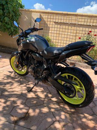 Yamaha MT-07 A2