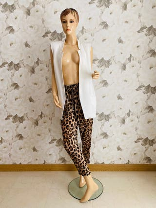 Conjunto chaleco blanco + pantalón tigre T38